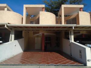 Townhouse En Venta En Municipio Naguanagua, El Rincon, Venezuela, VE RAH: 17-644
