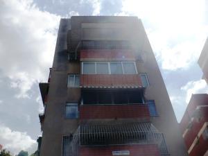Apartamento En Venta En Caracas, Santa Monica, Venezuela, VE RAH: 17-649