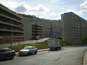 Apartamento En Venta En Caracas, El Encantado, Venezuela, VE RAH: 17-682