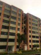 Apartamento En Venta En Caracas, Lomas Del Sol, Venezuela, VE RAH: 17-703