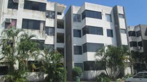 Apartamento En Venta En Valencia, Parque Valencia, Venezuela, VE RAH: 17-714