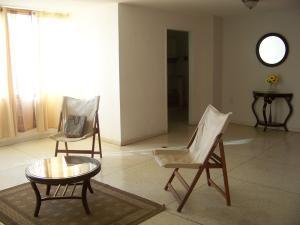 Apartamento En Alquiler En Punto Fijo, Santa Irene, Venezuela, VE RAH: 17-732