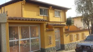 Casa En Venta En Caracas, Los Naranjos Del Cafetal, Venezuela, VE RAH: 17-736