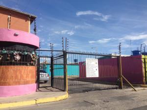 Casa En Venta En Municipio Los Guayos, Buenaventura, Venezuela, VE RAH: 17-749