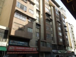 Apartamento En Venta En Caracas, Parroquia La Candelaria, Venezuela, VE RAH: 17-744