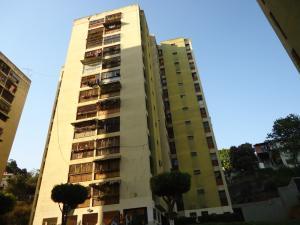 Apartamento En Venta En Los Teques, El Trigo, Venezuela, VE RAH: 17-745