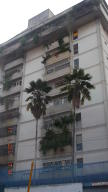 Apartamento En Venta En Caracas, San Bernardino, Venezuela, VE RAH: 17-857