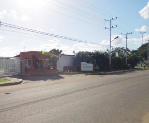Casa En Alquiler En El Tigre, Sector Avenida Intercomunal, Venezuela, VE RAH: 17-806