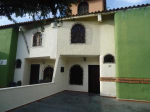 Casa En Venta En Barquisimeto, La Rosaleda, Venezuela, VE RAH: 17-771