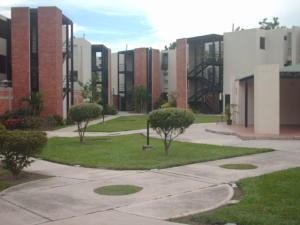 Apartamento En Venta En Guacara, Ciudad Alianza, Venezuela, VE RAH: 17-778