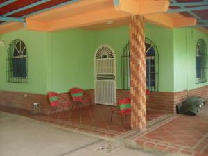 Casa En Venta En Barquisimeto, Parroquia Tamaca, Venezuela, VE RAH: 17-943