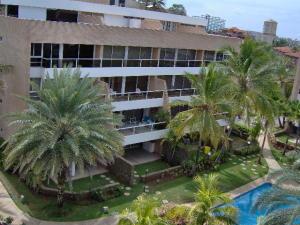 Apartamento En Venta En Municipio Maneiro Pampatar, Maneiro, Venezuela, VE RAH: 17-818