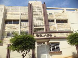 Apartamento En Ventaen Maracaibo, Santa Maria, Venezuela, VE RAH: 17-815