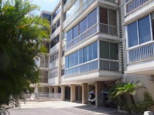 Apartamento En Venta En Caracas, Chuao, Venezuela, VE RAH: 17-871
