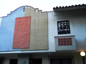 Townhouse En Venta En Municipio Naguanagua, Tazajal, Venezuela, VE RAH: 17-851