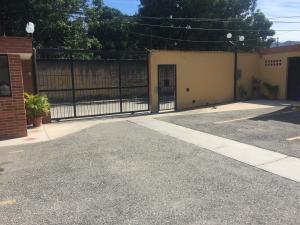 Townhouse En Venta En Municipio Naguanagua, El Guayabal, Venezuela, VE RAH: 17-870
