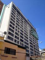 Consultorio Medico  En Venta En Caracas, Sabana Grande, Venezuela, VE RAH: 17-879