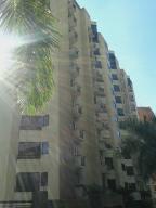 Apartamento En Alquiler En Caracas, El Rosal, Venezuela, VE RAH: 17-1103