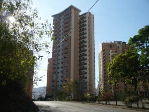 Apartamento En Venta En Valencia, Las Chimeneas, Venezuela, VE RAH: 17-892