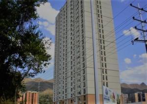 Apartamento En Venta En Municipio Naguanagua, Palma Real, Venezuela, VE RAH: 17-848