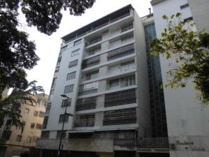Apartamento En Venta En Caracas, San Bernardino, Venezuela, VE RAH: 17-913