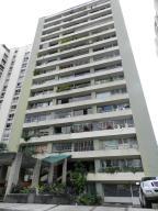 Apartamento En Venta En Caracas, Santa Fe Norte, Venezuela, VE RAH: 17-908