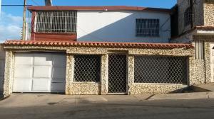 Casa En Venta En Maracaibo, Sabaneta, Venezuela, VE RAH: 17-915