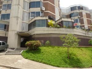 Apartamento En Venta En Caracas, Lomas De Las Mercedes, Venezuela, VE RAH: 17-952