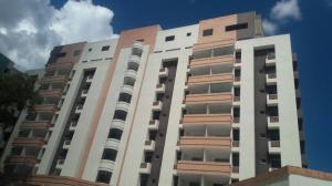 Apartamento En Venta En Valencia, Agua Blanca, Venezuela, VE RAH: 17-972