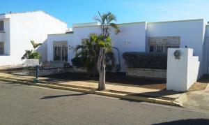 Townhouse En Venta En Maracaibo, Fuerzas Armadas, Venezuela, VE RAH: 17-981