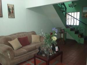Casa En Venta En Maracaibo, Pomona, Venezuela, VE RAH: 17-982