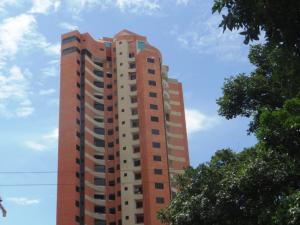 Apartamento En Venta En Valencia, Las Chimeneas, Venezuela, VE RAH: 17-1000