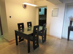 Apartamento En Venta En Caracas - Los Naranjos del Cafetal Código FLEX: 17-1020 No.4