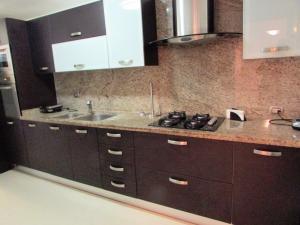 Apartamento En Venta En Caracas - Los Naranjos del Cafetal Código FLEX: 17-1020 No.5