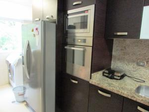 Apartamento En Venta En Caracas - Los Naranjos del Cafetal Código FLEX: 17-1020 No.6
