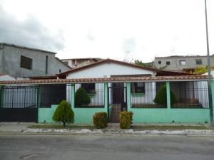 Casa En Venta En Charallave, Charallave Country, Venezuela, VE RAH: 17-1027