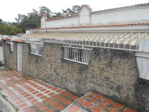 Casa En Venta En Los Teques, Macarena Sur, Venezuela, VE RAH: 17-1593