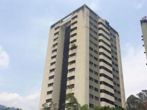 Apartamento En Venta En Caracas, Lomas De Prados Del Este, Venezuela, VE RAH: 17-1058