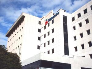 Oficina En Alquiler En Maracay, Girardot, Venezuela, VE RAH: 17-1052