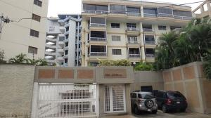 Apartamento En Venta En Parroquia Caraballeda, Caribe, Venezuela, VE RAH: 17-1150
