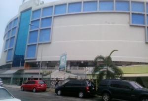 Local Comercial En Venta En Valencia, Sabana Larga, Venezuela, VE RAH: 17-1063