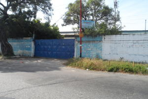 Galpon - Deposito En Ventaen Valencia, Industrial Carabobo, Venezuela, VE RAH: 17-1090