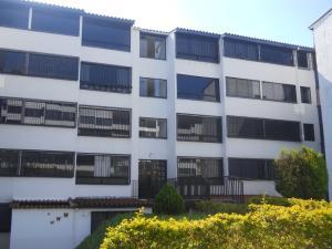 Apartamento En Venta En Los Teques, Parque Residencial La Quinta, Venezuela, VE RAH: 17-1278