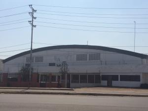 Galpon - Deposito En Alquileren Maracaibo, Zona Industrial Sur, Venezuela, VE RAH: 17-1135