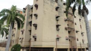 Apartamento En Venta En Maracay, Los Chaguaramos, Venezuela, VE RAH: 17-1137