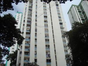 Apartamento En Venta En Caracas, El Valle, Venezuela, VE RAH: 17-1146