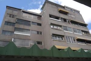 Apartamento En Venta En Caracas, Colinas De Bello Monte, Venezuela, VE RAH: 17-1149