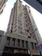 Apartamento En Venta En Caracas, Parroquia La Candelaria, Venezuela, VE RAH: 17-1329