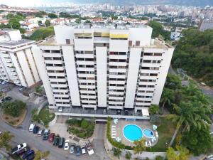 Apartamento En Venta En Caracas, Colinas De Los Ruices, Venezuela, VE RAH: 17-1177