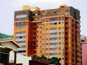 Apartamento En Venta En Valencia, La Trigaleña, Venezuela, VE RAH: 17-1179